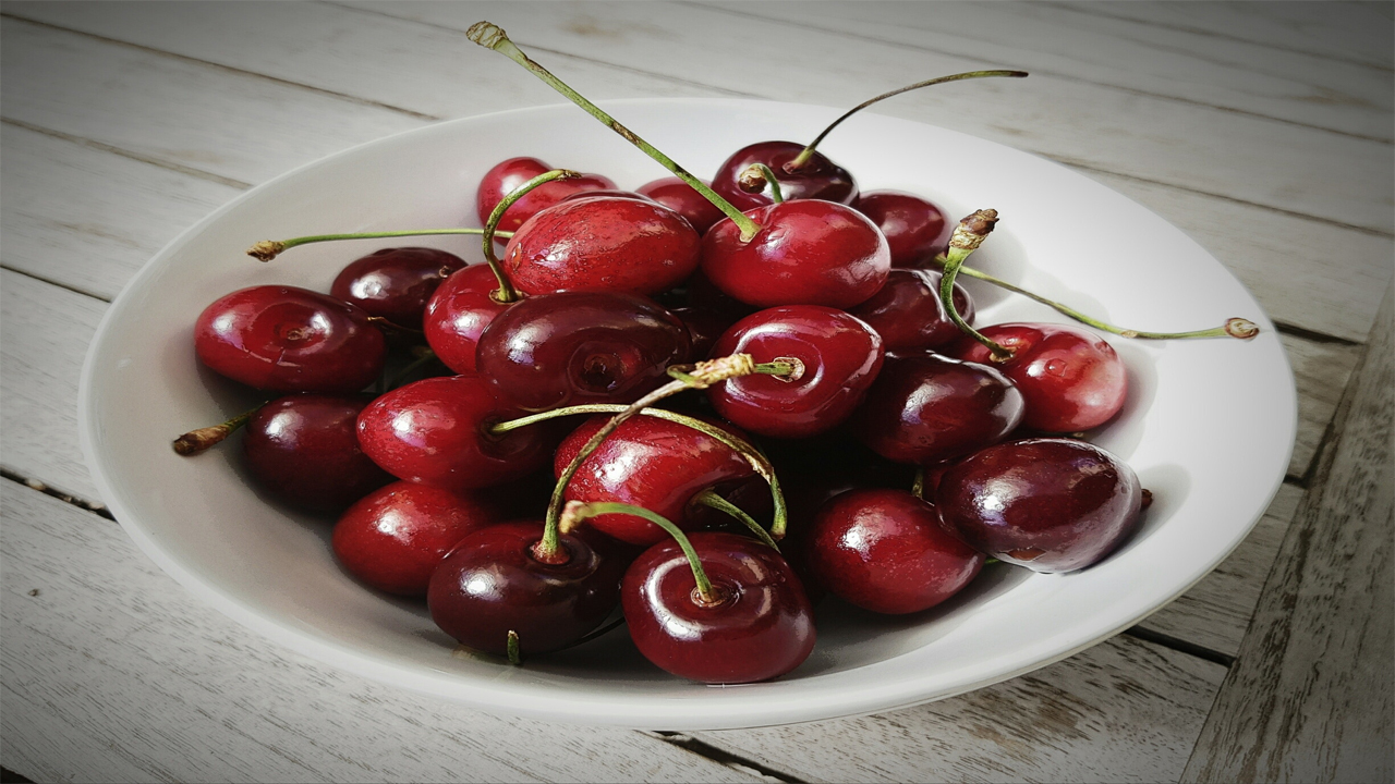 Why should you Cherrish Cherries? let's understand its benefits