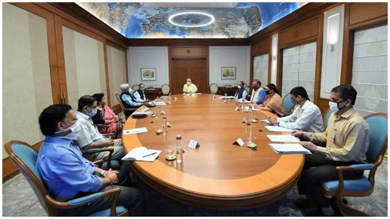 PM Modi reviews the status of vaccine development, drug discovery for COVID-19