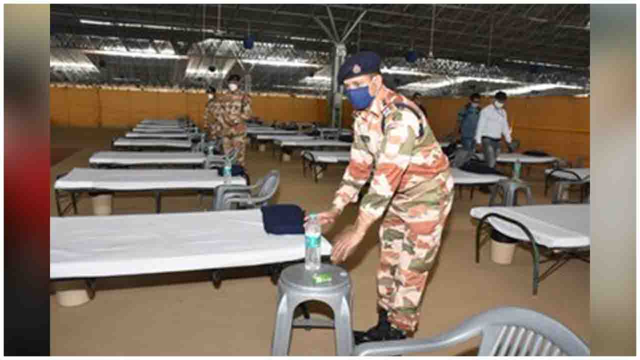 Teams of ITBP officials are assisting authorities at the Centre for the Preparations at the Covid Care Centre at Radha Soami Satsang Beas Centre, Chhatarpur, Delhi