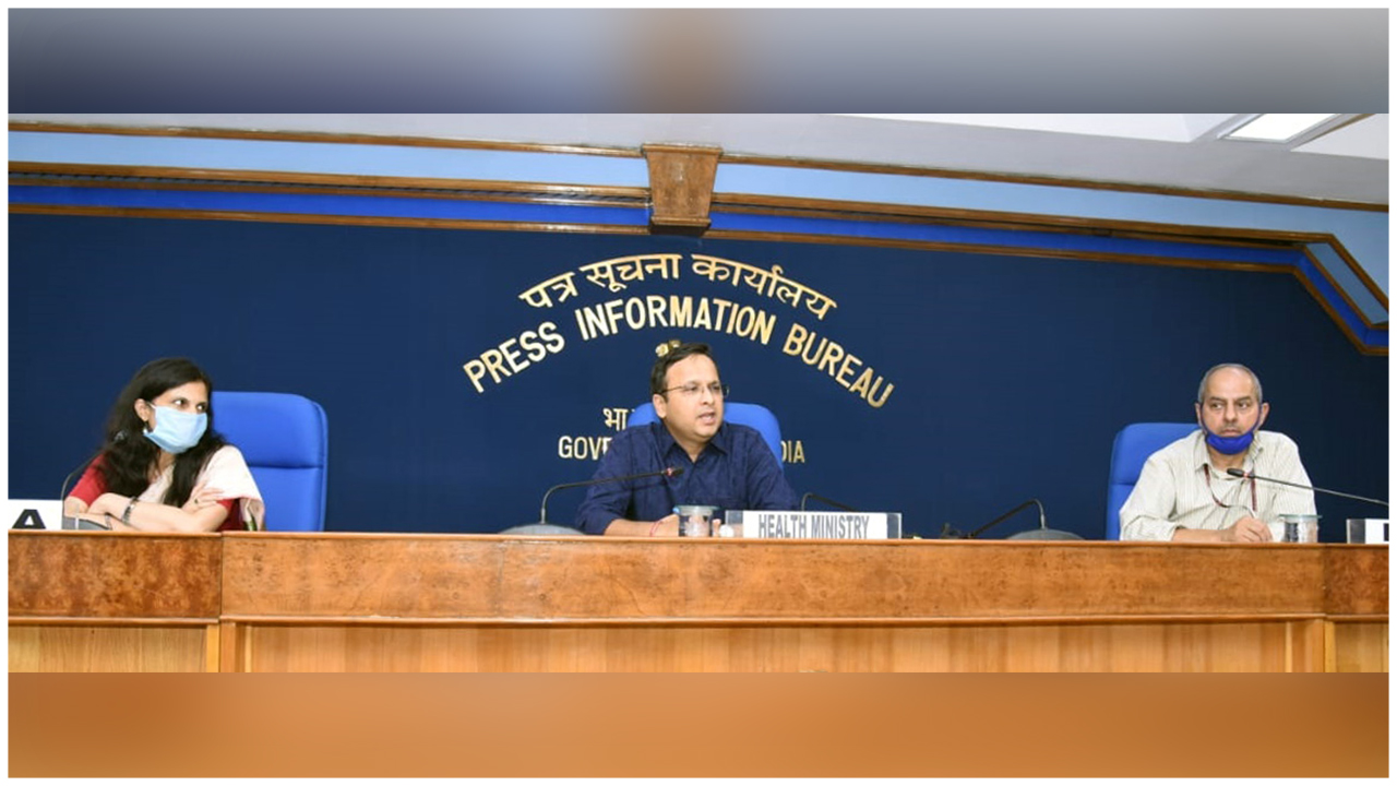 The Joint Secretary, Ministry of Health & Family Welfare, Shri Lav Agarwal addressing a press conference on COVID-19