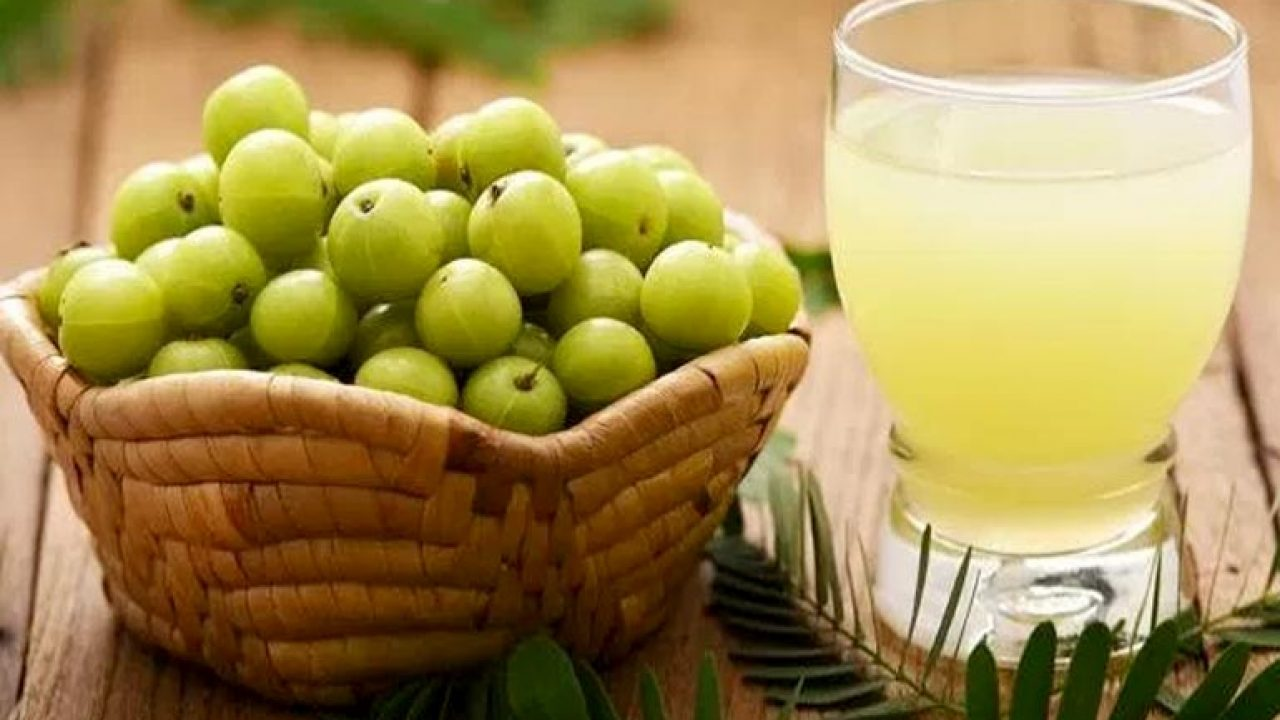 Reap the Benefits of this Wonderful Berry! Amla Juice Benefits